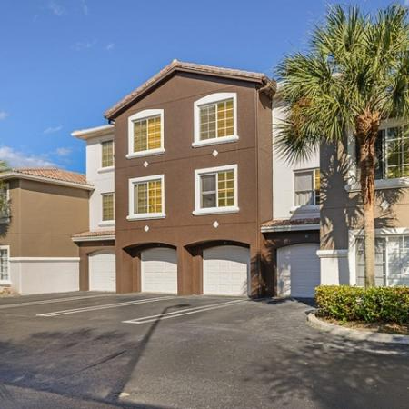 Attached garage parking at Via Lugano apartment community | Boynton Beach rentals