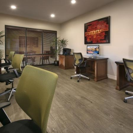 Resident business center with computers | Villas at San Dorado apartments