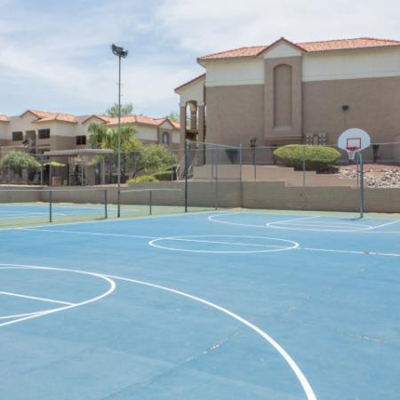 Basketball court | Promontory apartments in Tucson