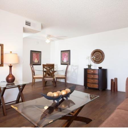 1 bedroom rental living room and dining room | rentals in Tucson AZ