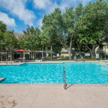 Sedona Springs apartment complex pool