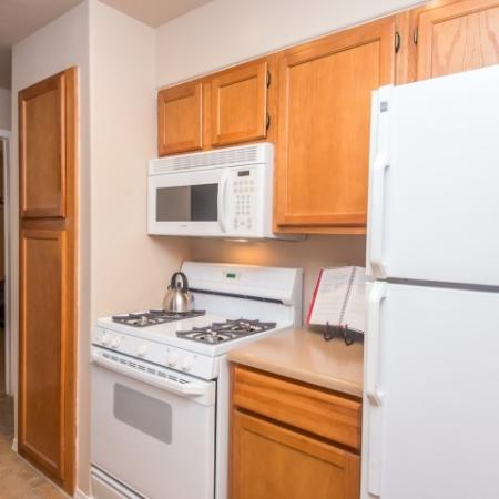 Kitchen with built-in microwave   Austin TX apartments