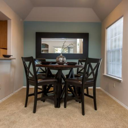 Apartment dining room | Madison at Scofield Farms apartments