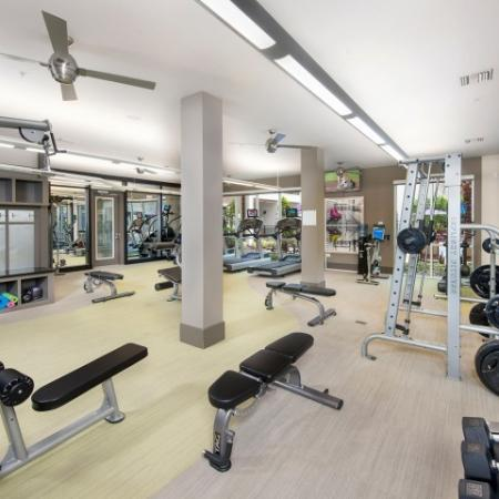 Rialto fitness center with free weights | Rialto apartments