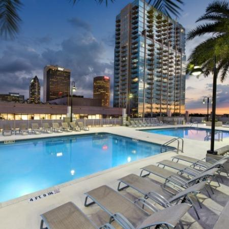 Downtown Tampa apartments with pool