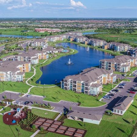 Echo Lake | Lakewood Ranch apartments