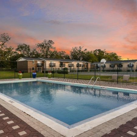 Pool | Mission Grove apartments