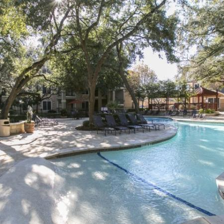 zero-entry apartment pool | The Park at Monterey Oaks | Austin apartments