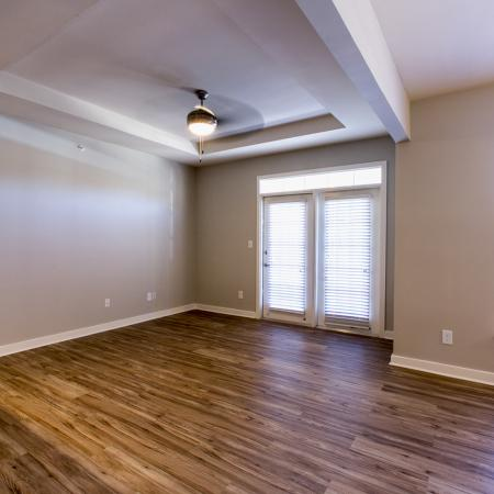 1 bedroom apartment with hardwoods | Austin TX apartments