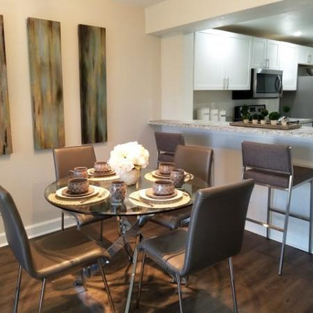 Apartment in Jupiter Isle | Dining Room
