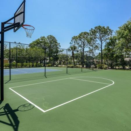 Basketball and tennis court | Lakeside at Greenboro rental community