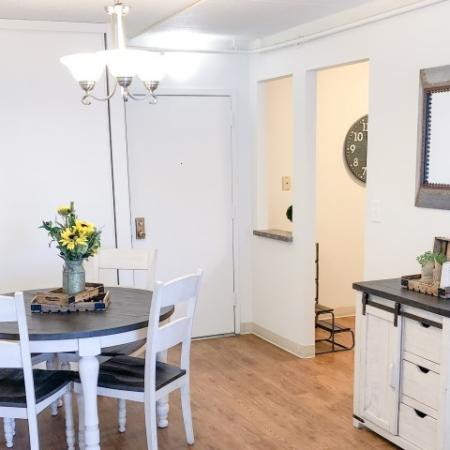 Dining room | 1 bedroom apartment in Westborough MA