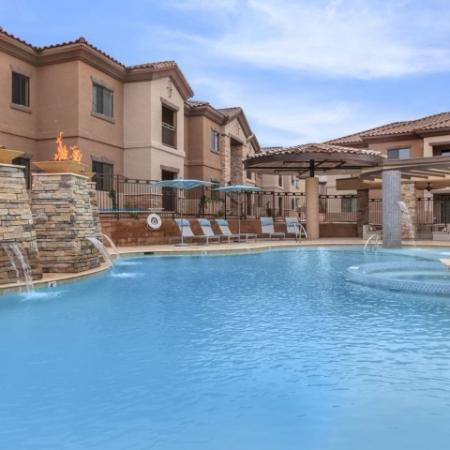 Pool with water features | Oro Valley apartment community
