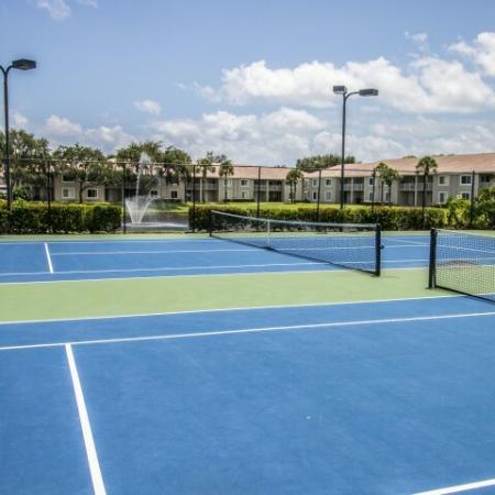 Tennis Courts at Boynton Beach rental community | Gateway Club