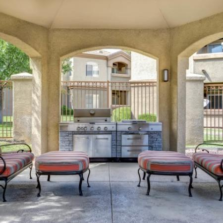 Grill | Poolside at Links at High Resort apartment complex