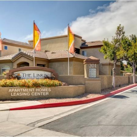 Links at High Resort Community Entrance | Rio Rancho apartments