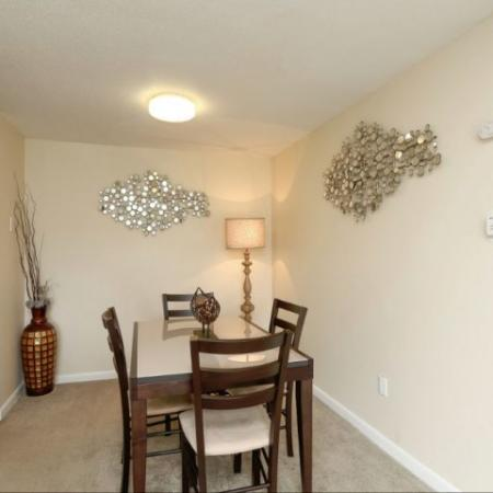 Dining room in 2 bedroom apartment | The Boulders rentals in Amherst MA