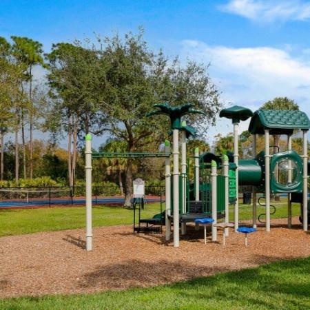 Floresta apartment playground