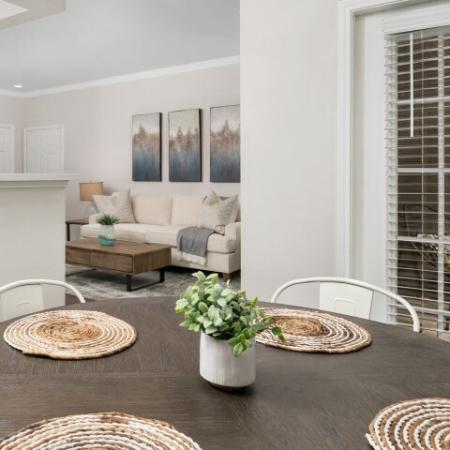 Lodge at Lakeline apartment dining room