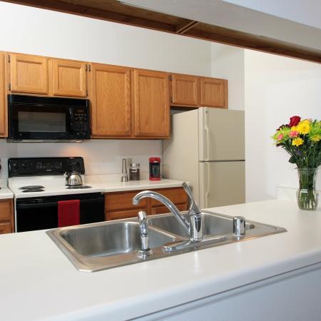 Foxcroft Apartments Kitchen