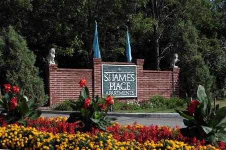 Saint James Place Apartments Rentals in Milwaukee Wisconsin 2