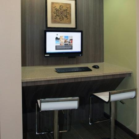 Cyber Cafe at Manchester Oaks Apartments