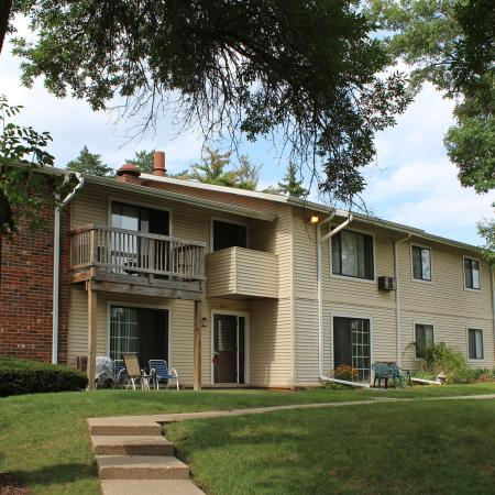 Apartments in Middleton | Arbor Lakes at Middleton