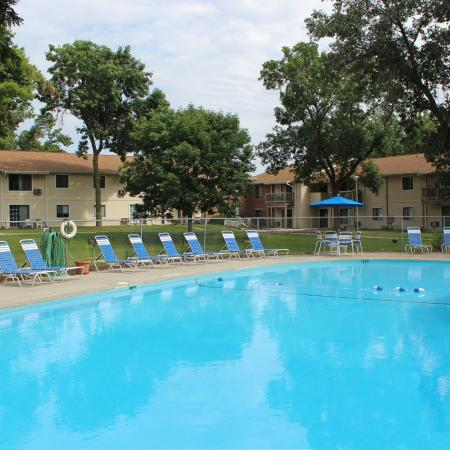 Resort Style Pool | Middleton WI Studio Apartments | Arbor Lakes at Middleton