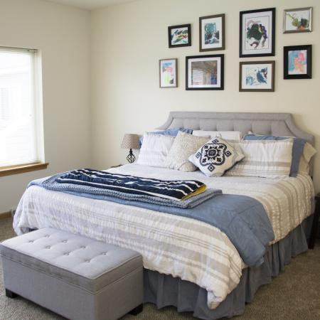 Luxurious Bedroom | Studio Apartments in Pewaukee | Saddle Brook Apartments