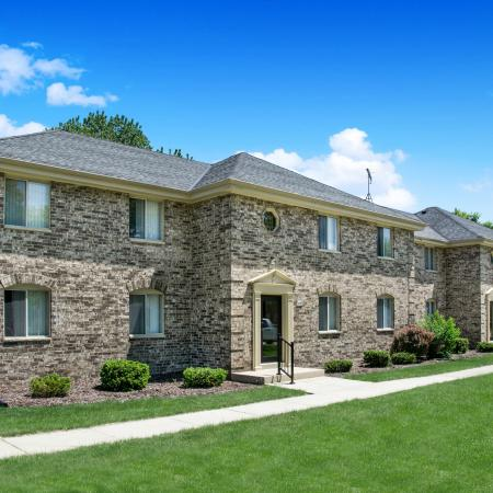 Apartments In Menomonee Falls | Stone Point Apartments