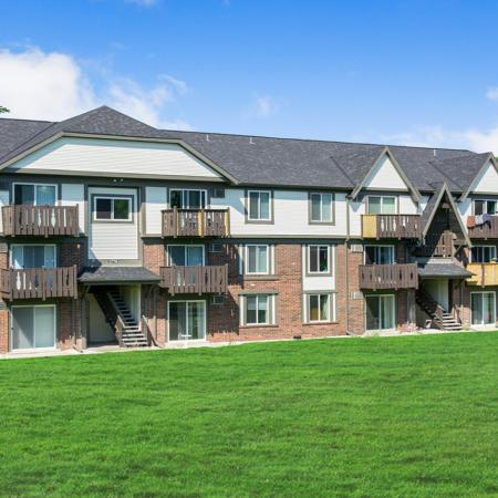 Apartments in Green Bay | Creekwood Apartments