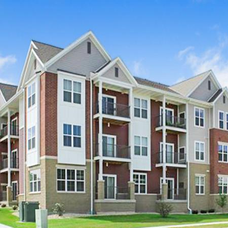 Apartment Homes in Fitchburg | Elan