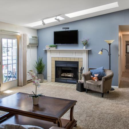 Foxcroft Apartments Living Room