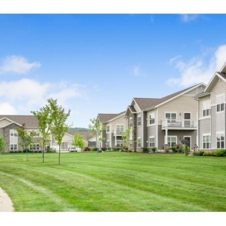 Apartments in Oregon Wisconsin | Bergamont Townhomes