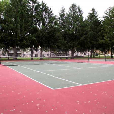 Tennis Courts at Valley View Apartments