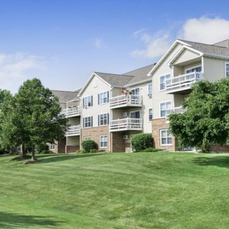 Apartments Homes for rent in Kenosha, WI | Riverwood Apartments