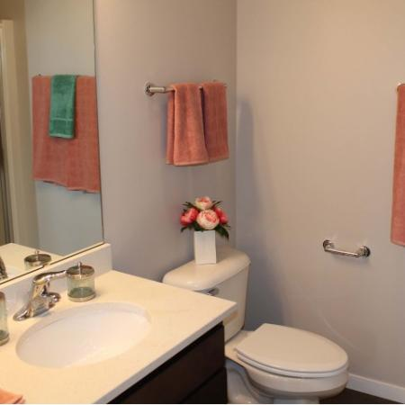 Spacious Bathroom | Madison Wisconsin Apartments for Rent | 22 Slate