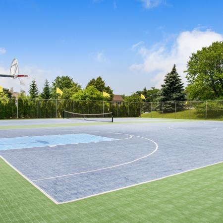 Community Basketball Court | Apartments Homes for rent in Franklin, WI | Manchester Oaks