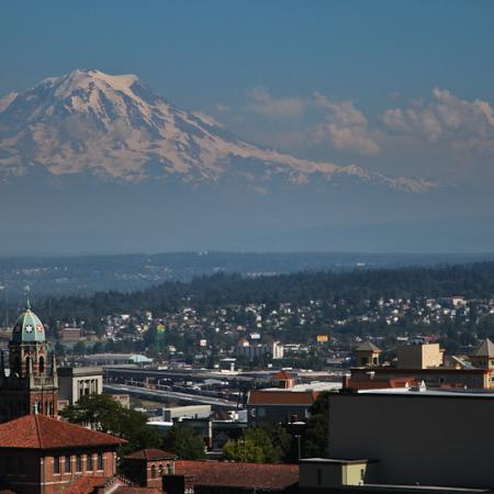North Tacoma apartments with views of Mt. Rainier