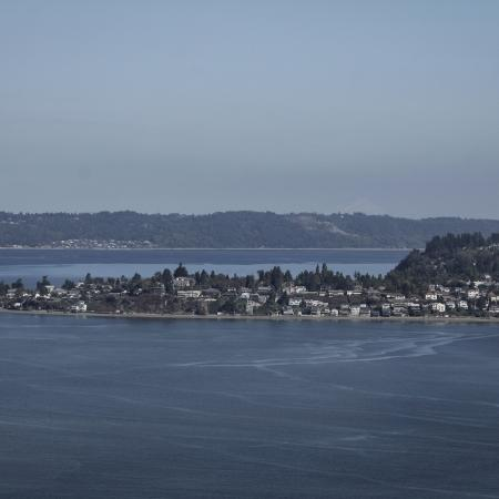 Water view Apartments Homes for rent in Tacoma, WA | Vista Del Rey