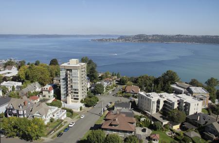City and water view Tacoma WA Apartment For Rent | Vista Del Rey