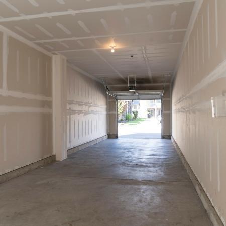 HUGE Garage Twonhome