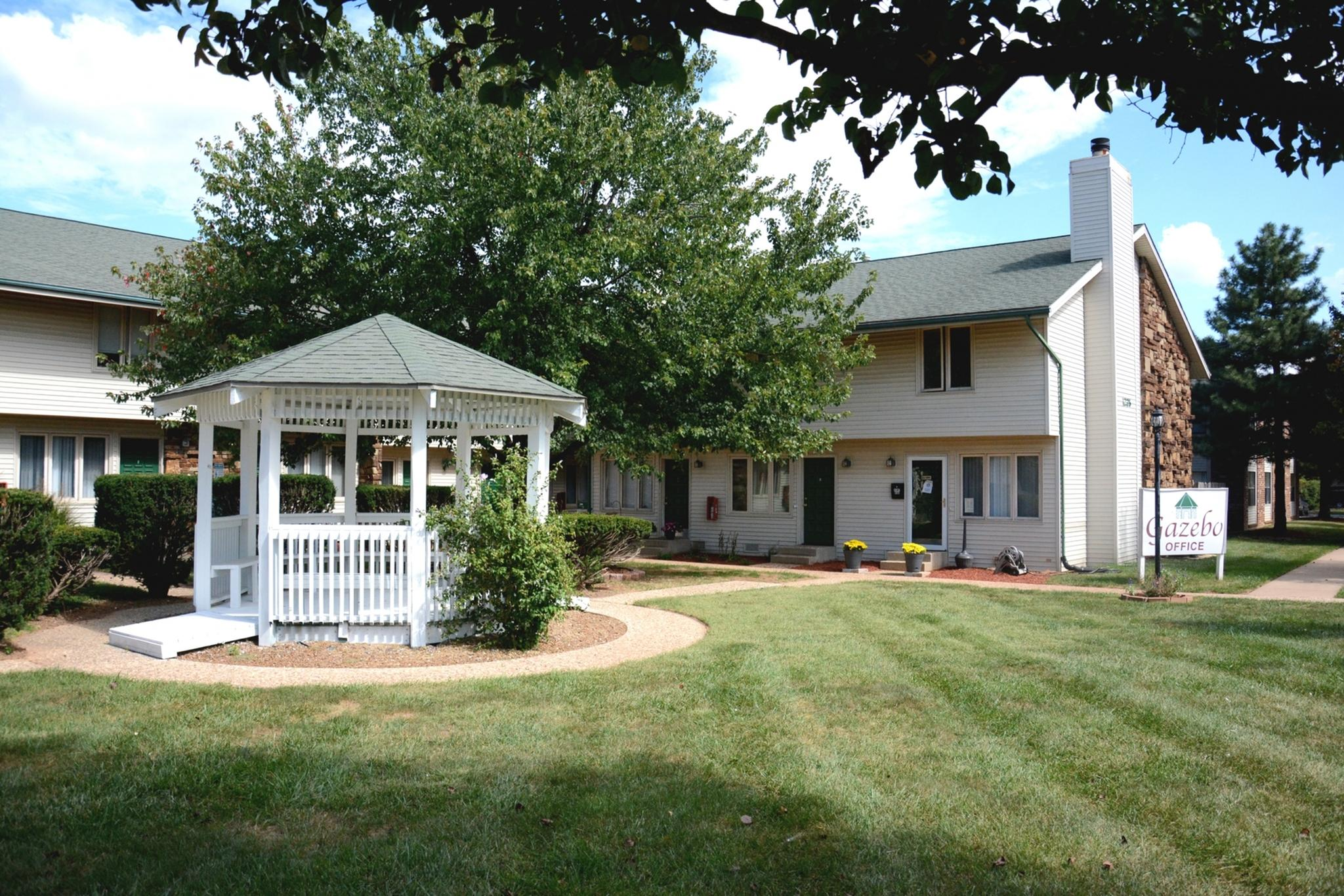 Cool Apartments In Springfield Mo Gazebo Apartments Townhomes Download Free Architecture Designs Rallybritishbridgeorg
