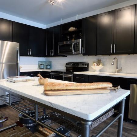 Modern Kitchen with Moveable Island | Modera 44
