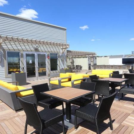 Rooftop Deck with Social Area and Outdoor Television | Modera 44