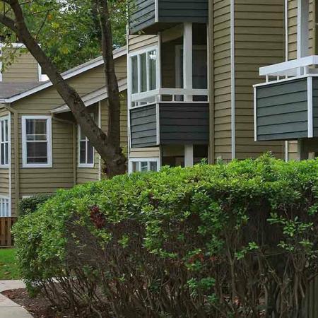 Apartment Home Exteriors | Alister Columbia