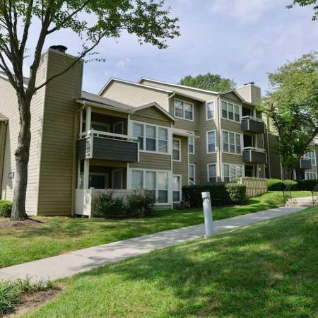 Columbia MD Apartments | Alister Town Center Columbia