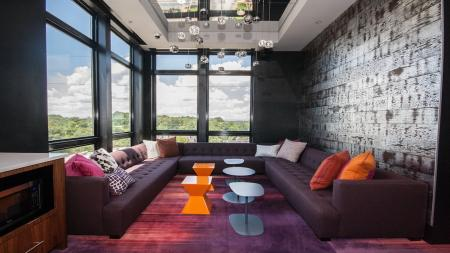Resident Clubhouse Lounge Overlooking Atlanta | Modera Morningside