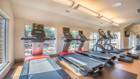 Cardio Machines and Treadmills | Lakewood on the Trail