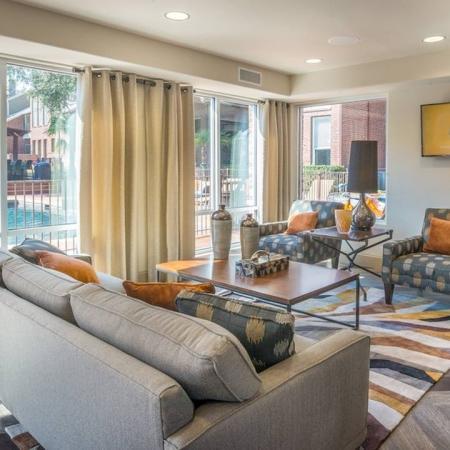 Dallas, TX Loft Apartments | Lakewood on the Trail